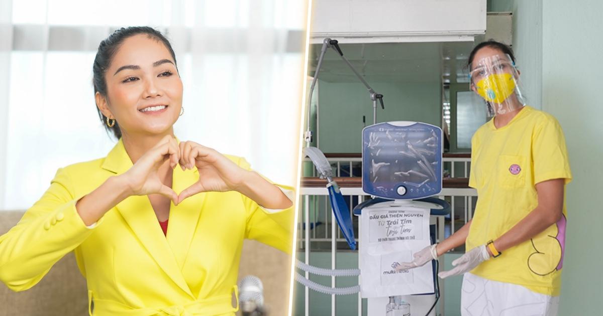 Hoa hậu H'Hen Niê giản dị đến bệnh viện Chợ Rẫy trao máy thở, vật tư y tế cứu trợ bệnh nhân Covid-19