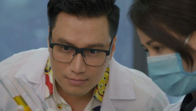 Mr.Hoàng lầy lội ghi điểm, Việt Anh đứng đầu bảng top 10 nam thần truyền hình Việt