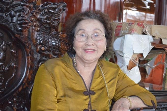 4 người phụ nữ bên đời Hoài Linh và những chuyện thâm cung bí sử