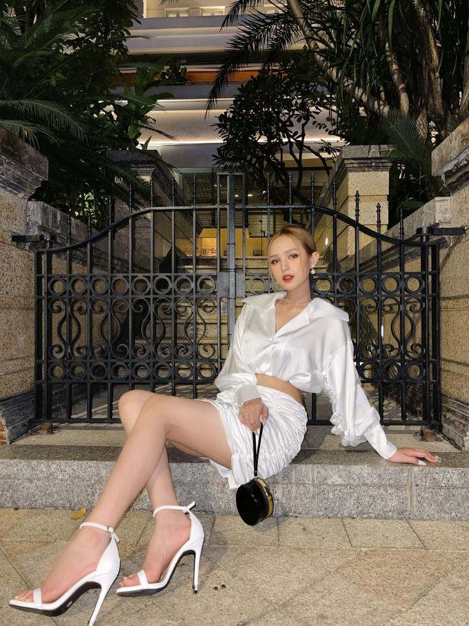 Xoài Non khoe sinh trai được khách sạn, sinh gái được nhà, CĐM lên tiếng: Lại phân biệt giới tính