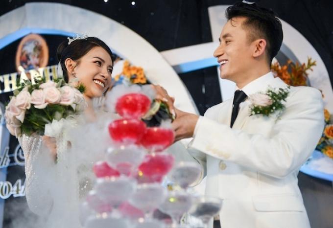 Lối makeup tự nhiên: Công thức giúp dàn sao Việt trở thành cô dâu xinh đẹp nhất