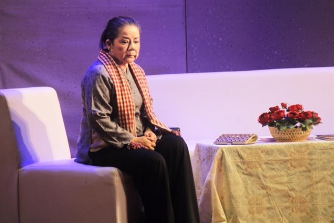 Nghệ sĩ cải lương Thoại Miêu sợ hôn nhân vì lời tiên đoán tan vỡ nếu lấy chồng sớm