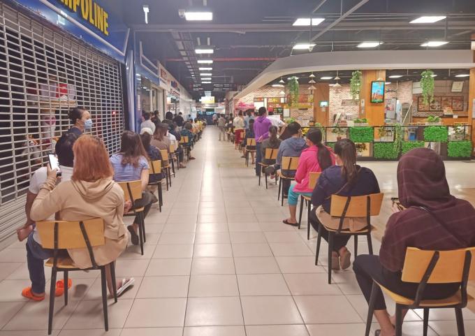 Người dân sẽ được đi chợ hộ, kể cả ở vùng xanh