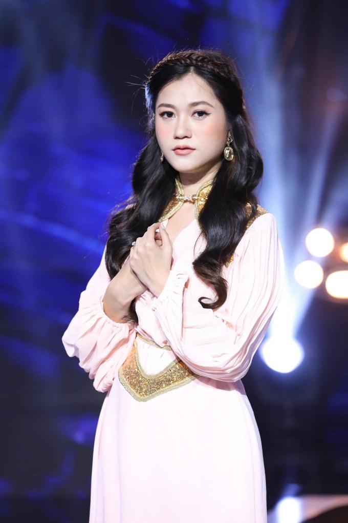 Hứa Minh Đạt tiết lộ lý do không cho bà xã dao kéo: Lâm Vỹ Dạ bây giờ là đẹp nhất rồi
