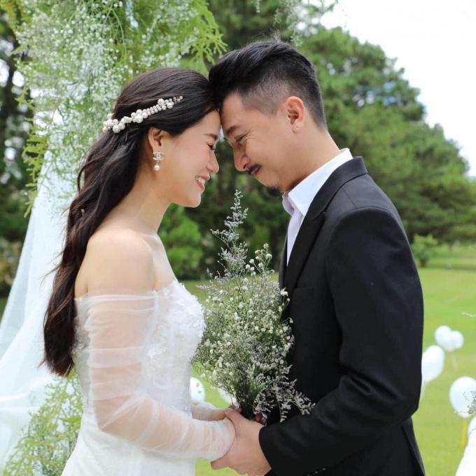 Fans Lâm Vỹ Dạ đồng loạt đổi ảnh đại diện chờ đón sinh nhật chị đẹp, dàn sao Việt nô nức chúc mừng