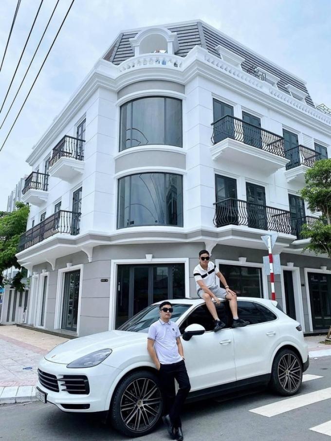 Tổng tài soái ca Sài Gòn bán siêu xe hơn 10 tỷ đồng để làm từ thiện