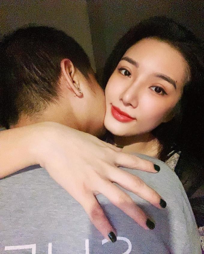 Bà xã của diễn viên La Thành: Giỏi buôn bán, bận rộn chăm con mà vẫn xinh đẹp như hot girl