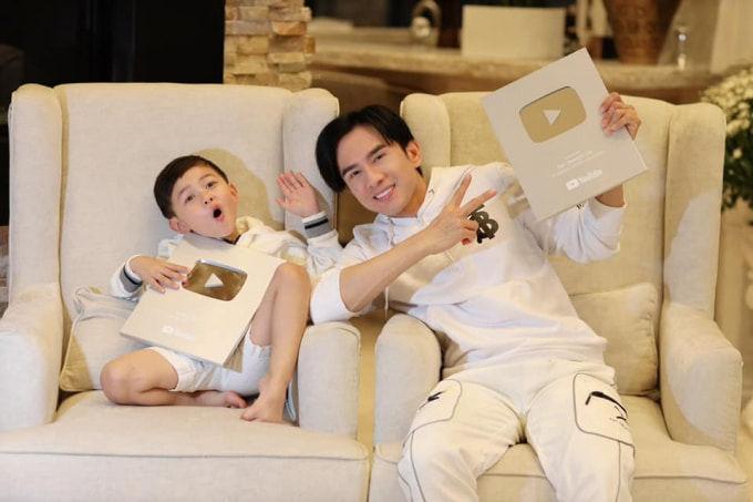 Quý tử của Đan Trường, Hòa Minzy thi nhau ẵm nút Bạc, cặp sinh đôi nhà Hà Hồ hot nhất trên Instagram