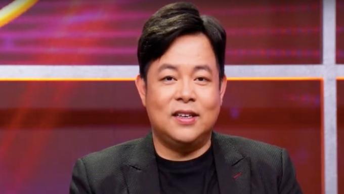 Danh ca Thanh Tuyền: Nghe tin cha mất, tôi nén nỗi đau, ra sân khấu phải ráng tươi cười biểu diễn