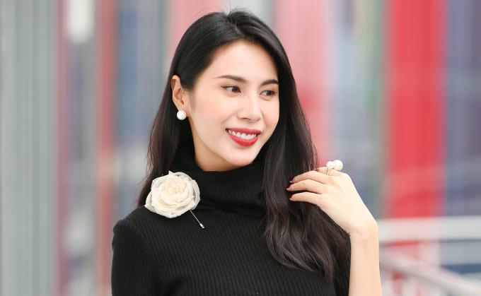Thủy Tiên trở thành nghệ sĩ Việt đầu tiên có group anti-fan vượt mốc 160 nghìn thành viên