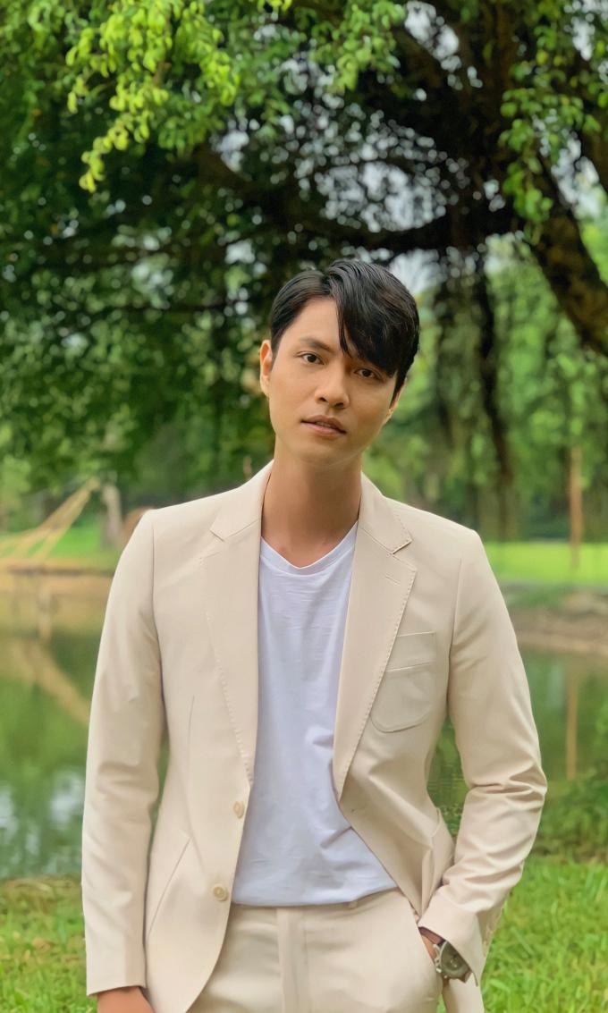 Đọ sắc dàn nam thần của Hương vị tình thân: Từ trong phim ra ngoài đời đều khiến netizen đổ gục