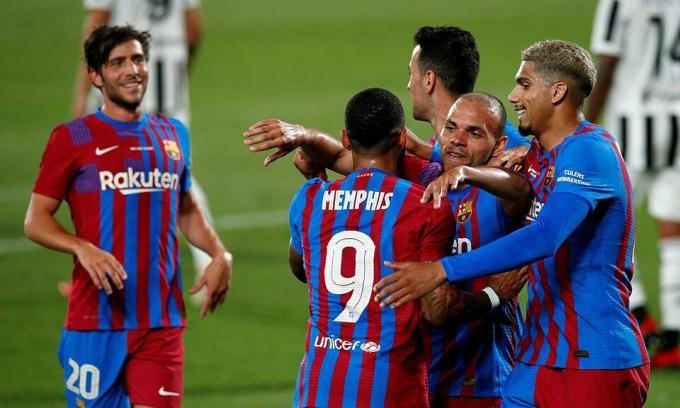 Koeman: Barca gây áp lực tốt hơn khi không còn Messi