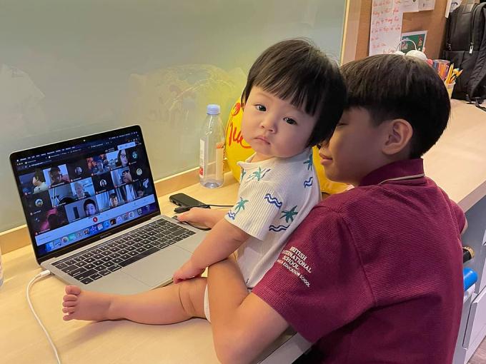Cường Đô La úp mở chuyện Đàm Thu Trang mang thai, 2 bé Subeo và Suchin sắp có em?
