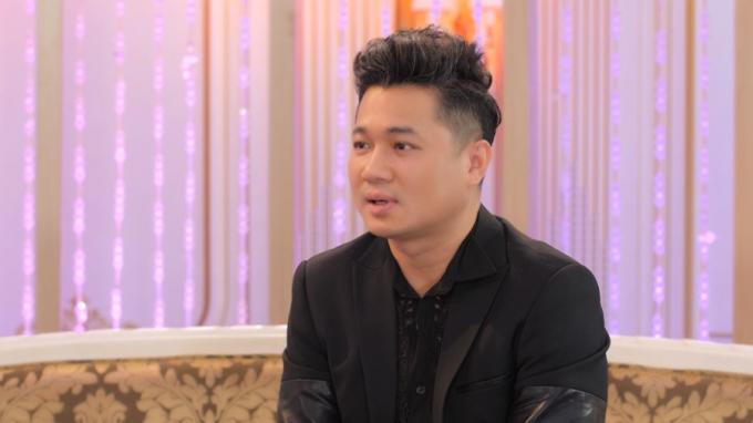 Lâm Vũ tăng cát-xê 100 lần nhờ ông bầu của Đan Trường, có cuộc hôn nhân lạ lùng với bà xã hoa hậu