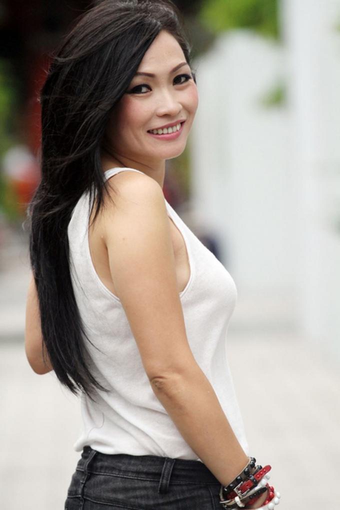 12 năm sau Đẹp từng cm: Hà Tăng hạnh phúc khi rời showbiz, Thủy Tiên được chồng cho 40 tỷ xài chơi