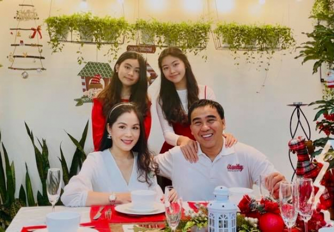 Dàn DV Đồng tiền xương máu sau 23 năm: Quyền Linh thành MC Quốc dân, Trương Ngọc Ánh hạnh phúc bên tình trẻ