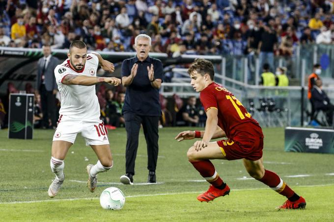 Mourinho thắng trận thứ sáu liên tiếp cùng Roma