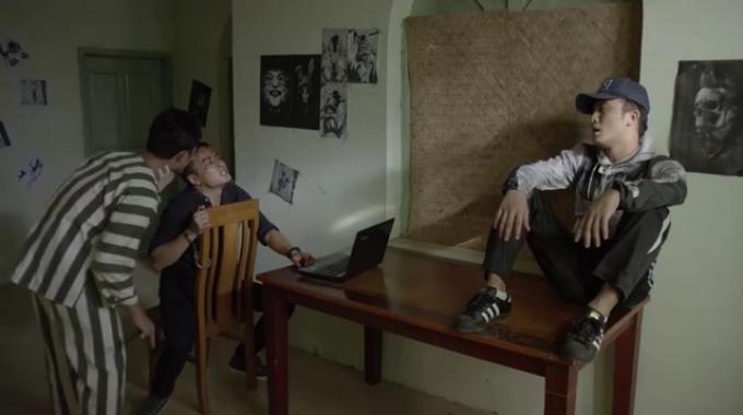 Hồng Đăng và những lần ăn hành trên phim trường: Kiên Hướng dương ngược nắng đã te tua nhất?