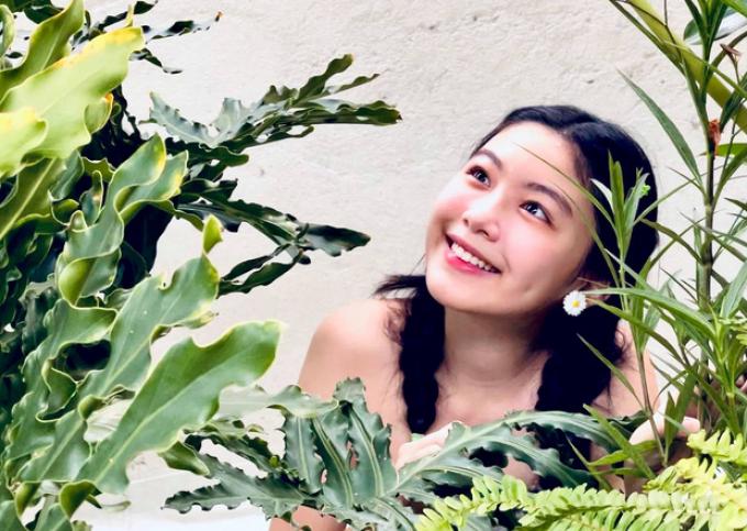 Con gái MC Quyền Linh khoe nhan sắc cực phẩm khiến fans dậy sóng: Hoa hậu tương lai đây rồi!