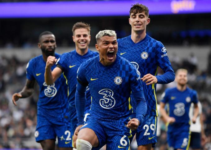 Chelsea lên đỉnh Ngoại hạng Anh nhờ tài năng của Tuchel
