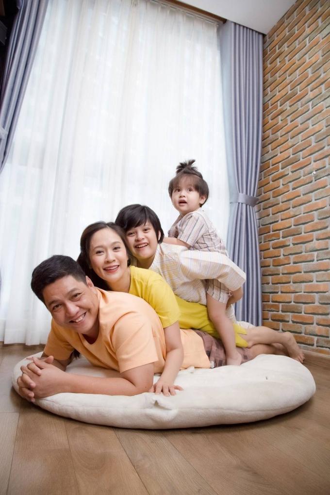 Đức Thịnh hé lộ bí quyết cùng Thanh Thúy giữ hạnh phúc suốt 13 năm: Nhịn và chiều vợ là cái phước