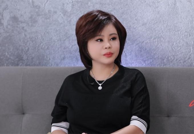 Sao Việt làm nghề nail nơi xứ người: Khóc thầm vì cơ cực, cố vươn lên từ những lời gièm pha