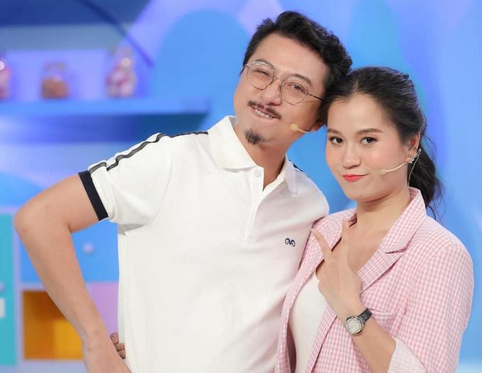 Hứa Minh Đạt có bí quyết gì để ít làm việc nhà mà vợ yêu Lâm Vỹ Dạ cũng không vất vả?