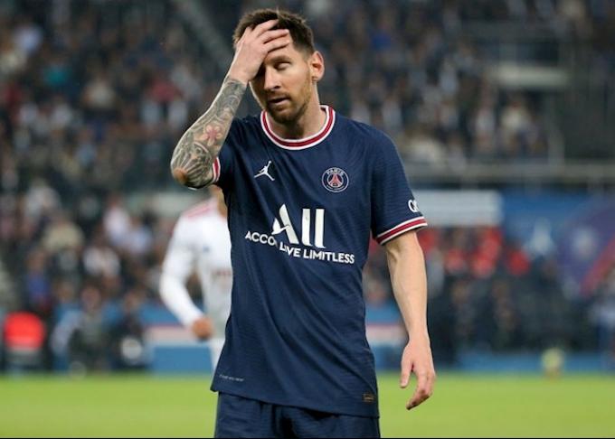Báo Italy: Messi góp phần khiến Donnarumma dự bị