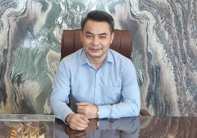 """Phương Oanh khóc vì chia tay """"Hương vị tình thân"""", Mạnh Trường tiết lộ kết phim"""