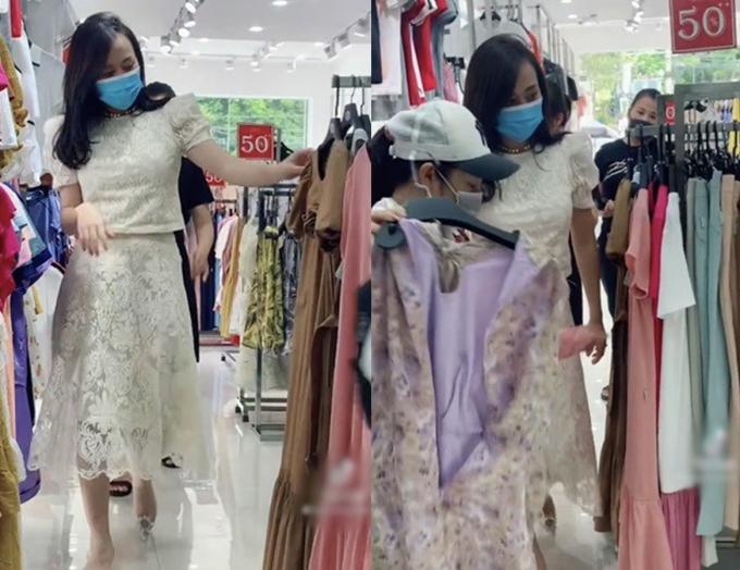 Nam đi mua váy bầu, vợ chồng cậu cả nhà họ Hoàng chuẩn bị có tin vui?