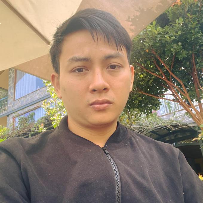 """Hoài Lâm bất ngờ bị chê tơi tả khi cover hit """"Người lạ thoáng qua"""", chuyện gì thế này?"""