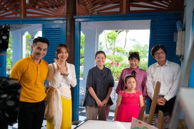 Mới khoe tạo hình phim mới, Minh Hằng đã ghi danh vào top nữ công sở đẹp nhất màn ảnh Việt