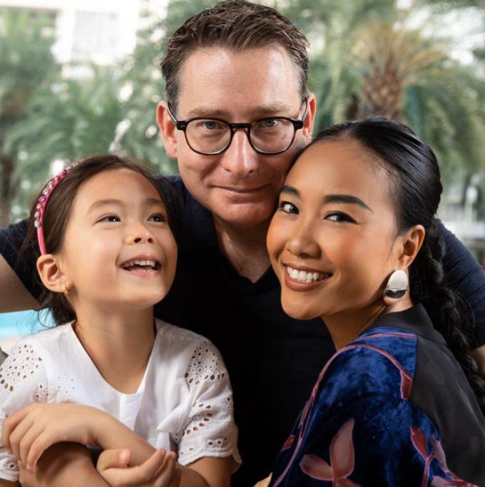 Sao Việt hạnh phúc bên chồng Tây: Người có sự nghiệp thăng hoa, người chuyên tâm làm mẹ bỉm sữa