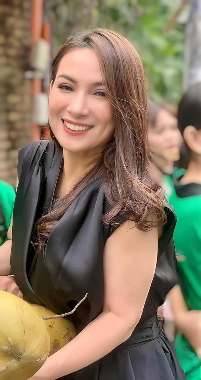 Vợ cũ Huy Khánh phát ngôn gây tranh cãi: Phi Nhung ra đi hoàn toàn đúng ý trời