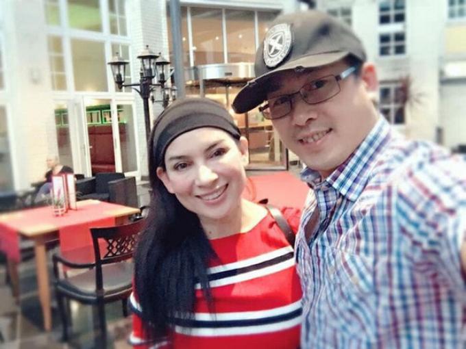 Em trai Phi Nhung: 1 ngày chưa thấy chị về là 1 ngày đứt ruột thương chị nằm chờ trong bệnh viện
