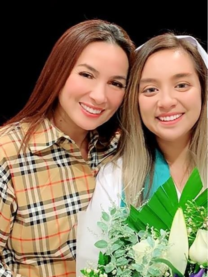 Fans xúc động khi con gái Phi Nhung xin khán giả 1 điều, giúp mẹ hoàn thành tâm nguyện dang dở
