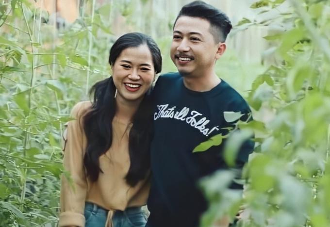 Từng mê Hứa Minh Đạt vì đẹp trai, Lâm Vỹ Dạ khen chê ông xã thế nào sau 11 năm kết hôn?