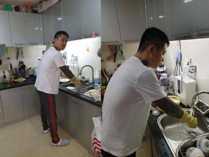 5 ông chồng cưng vợ nhất showbiz Việt: Giỏi kiếm tiền, chăm sóc nóc nhà từng li từng tí