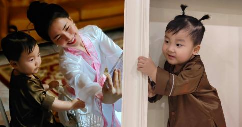 """Con trai Hòa Minzy làm chú Cuội """"cưng xỉu"""", 1 nhân vật bất ngờ xuất hiện khiến bé Bo """"khóc thét"""""""